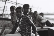 Tri X / 24x36 / Childrens on the Ganga - Varanasi