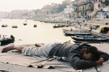 Ektar 100 / 24x36 / Sleeping time - Varanasi